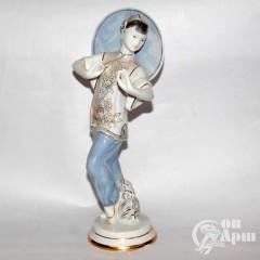 "Скульптура ""Китаянка"""